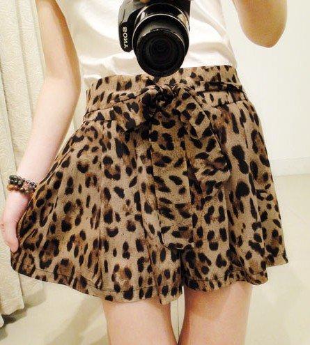 2012 Free shipping hot sale Chiffon bowknot elastic waist leopard grain shorts s597