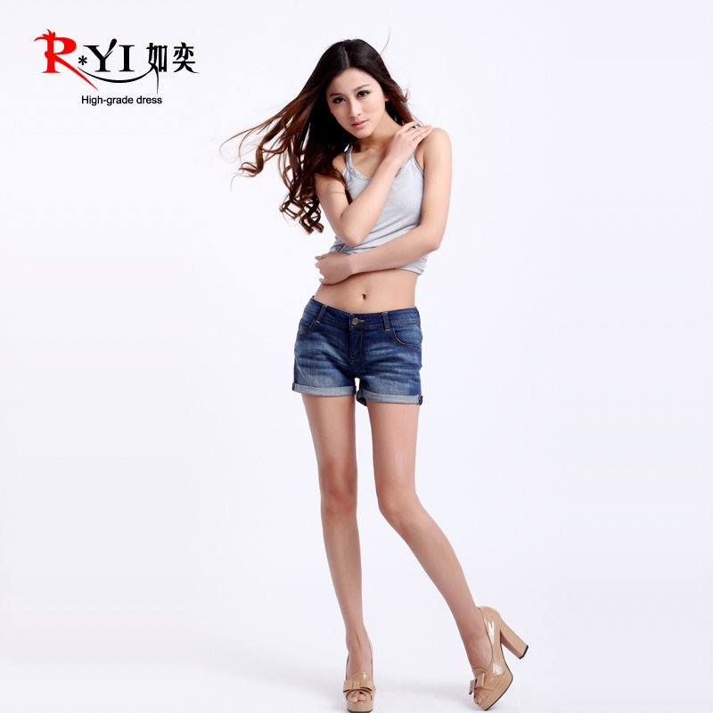 2012 spring and summer female fashion slim denim shorts +FREE SHIPPING!
