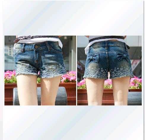 2012 spring and summer new retro embroidery fashion wood fringed denim shorts shorts - 8009