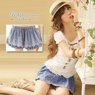 2012 spring new arrival women's exquisite embroidered strap faux denim culottes shorts