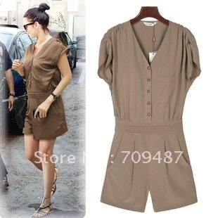 2012 Summer for ladies leisure big V Collar nude color piece pants Edge clothing shorts