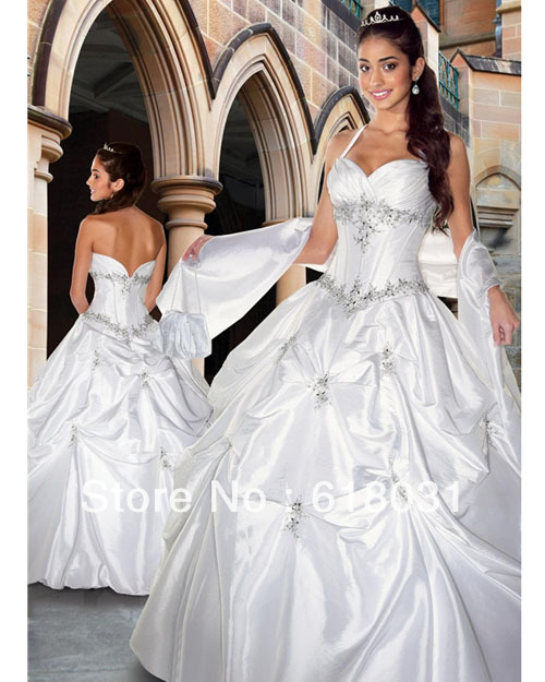 2013 Cheap halter top beading ball gown white puffy quinceanera 15 dresses 2480