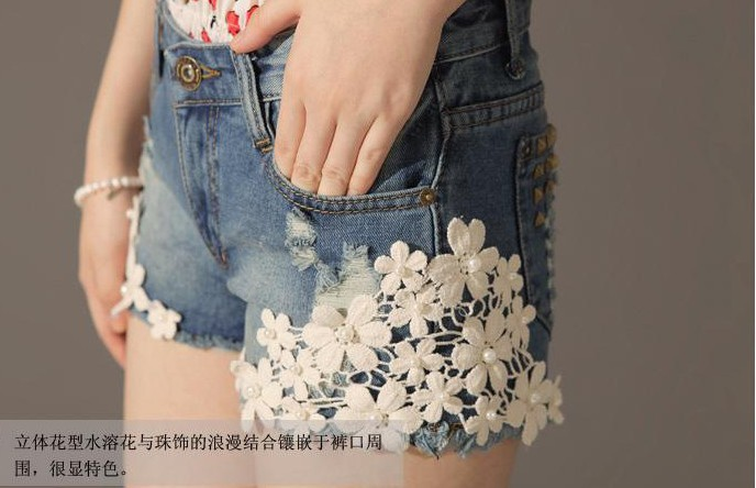 2013 Fashion Denim Shorts Pearl Lace Flowers Rivet Hollow Out
