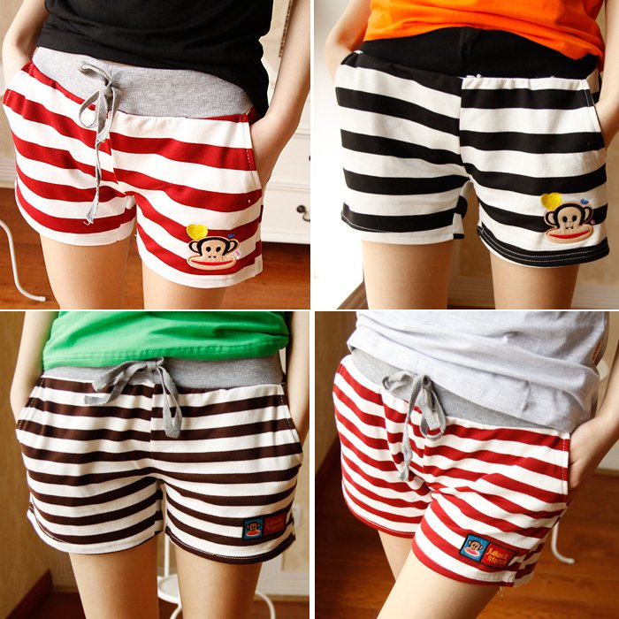 2013 female carton stripe all-match sports casual shorts at home shorts pants trouses WS1203