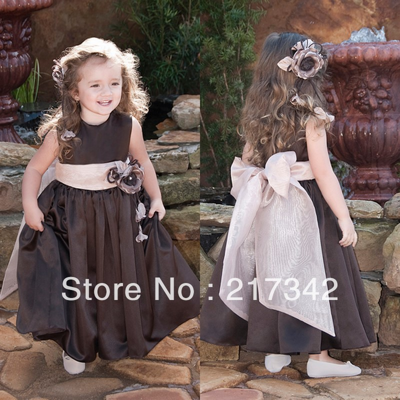 2013 Hot Sale Wholesaler Retail Double Straps Coffee Taffeta Pleat Flower girl Dress 1(1)
