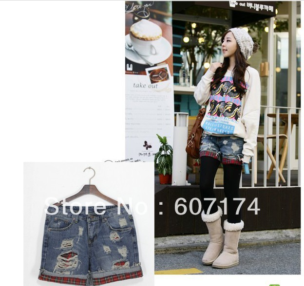2013 ladies all-match personality water wash distrressed red plaid decoration roll up hem denim jeans shorts #2404