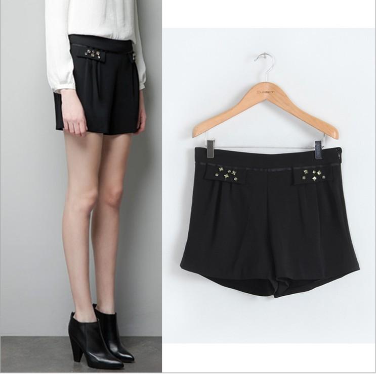 2013 new arrval fashion elegant Black jewelry Beading Decorate shorts pant Slim casual hot item high quality brand design
