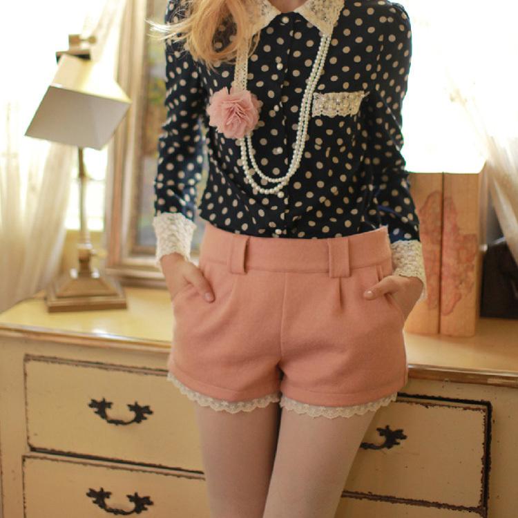 2013 spring new women's sweet lace Slim high waist woolen shorts