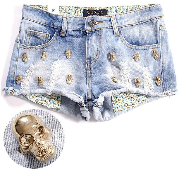 2013 Summer Hot Metal Skull Heads Denim Shorts Distressed Washed Jeans Shorts Free Shipping Roll Hem 014