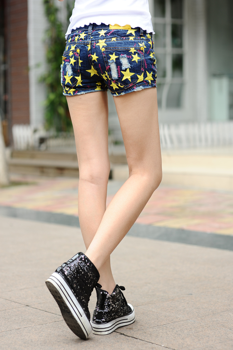 2013 the latest summer fashion   dLucky star enim shorts / Jeans / trousers / wholesale / retail salesFree shipping