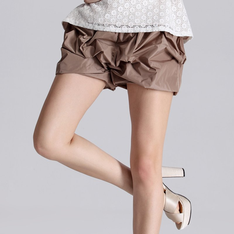 A free shipping Swise 2012 summer new arrival fashion personality all-match ruffle bubble shorts