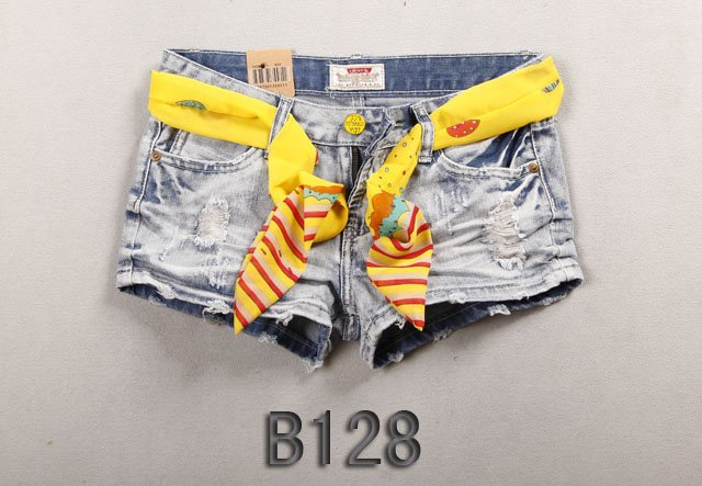 Brand new Lady denim shorts,women's jeans shorts,hot sale ladies' denim short pants size:25-31,free shipping  F309