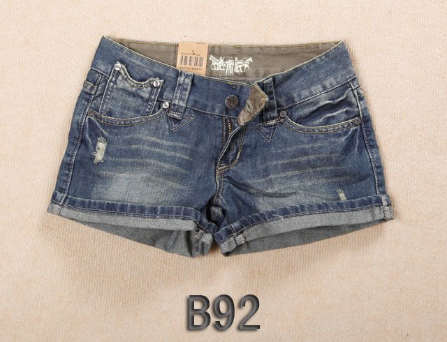 Brand new Lady denim shorts,women's jeans shorts,hot sale ladies' denim short pants size:26-32,free shipping B92