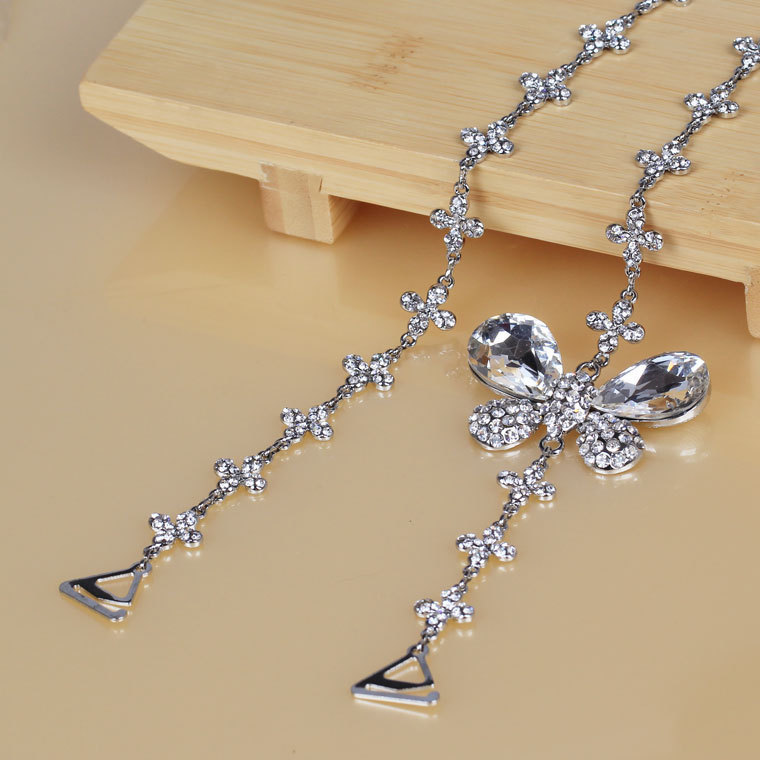 Clothing metal rhinestone shoulder strap large butterfly four-leaf flower crystal diamond pectoral girdle invisible tape