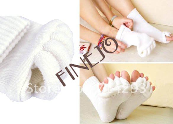 Fashion New Foot Toes Alignment Cotton Socks Stretch Tendons Five Toes Sock Free Shipping 4943