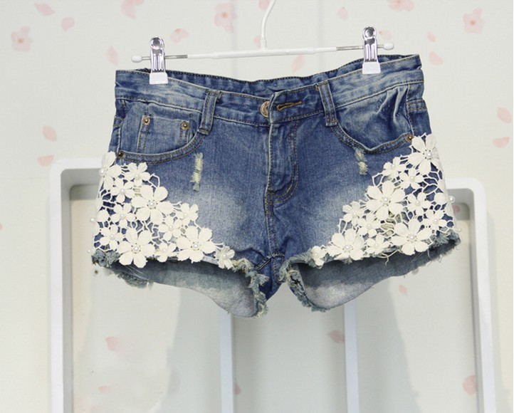Fashion Pearl Beading Flower Lace Women Shorts Rivet Sequins Pockets Denim Short Jean free shipping