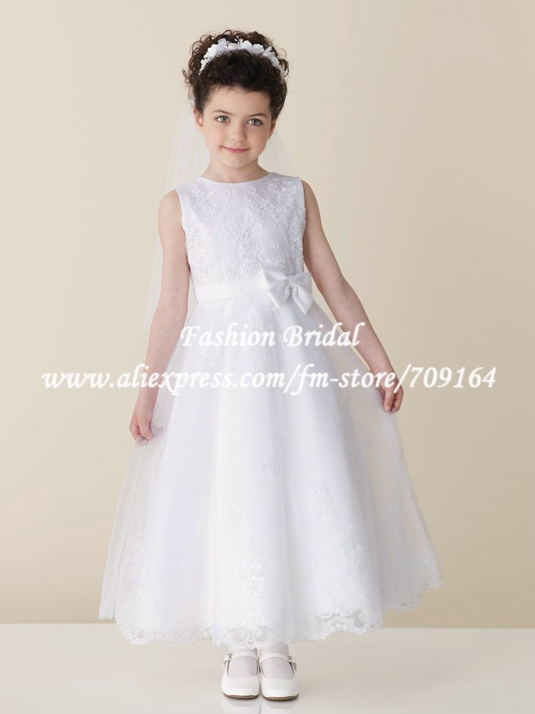 FH066 Elegant A-line Bow White Satin Lace Lovely First Communion Dresses