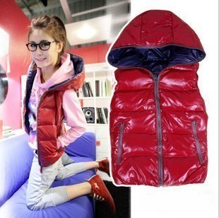 Free shipping 2012 latest style Fashion Glossy warm Hooded thicker vest 4 color