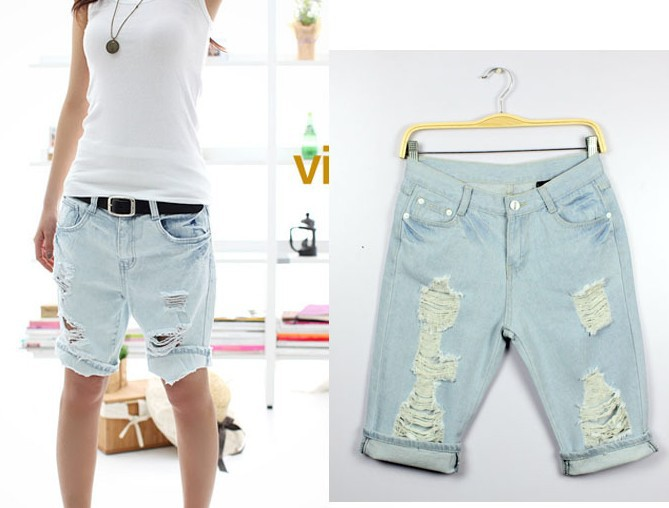 Free Shipping 2013 New Fashion Dog Pattern Embroidery Pocket Jeans Women Hole Short Denim Short Pants