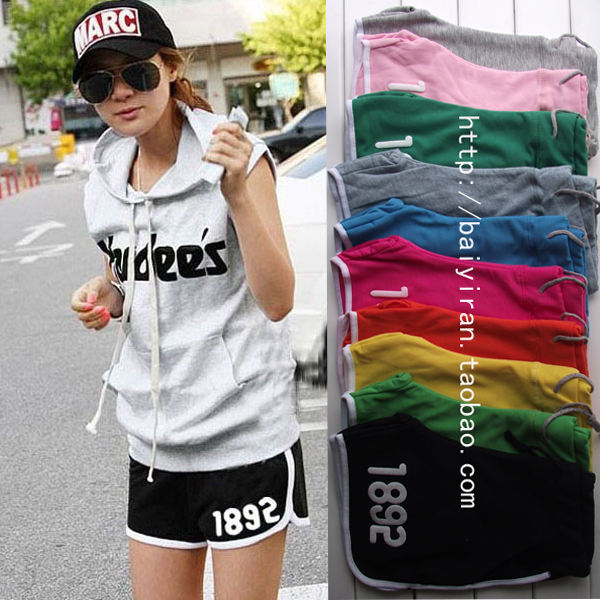Free shipping 2013 spring and Summer women's candy color casual sport shorts beach pants yoga shorts YN001