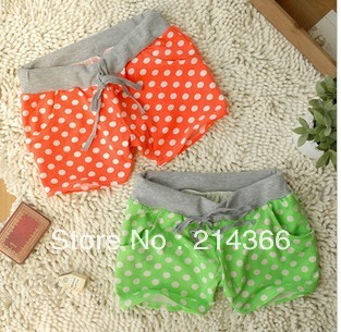 Free shipping  4 colors summer shorts dot cute one size
