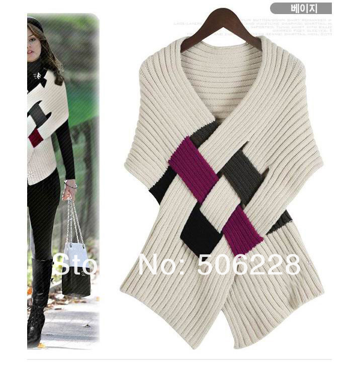 Free shipping autumn winter women patchwork sweater , Casual knitted wool swearter coat in black and beige