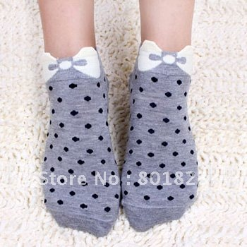 Free shipping by China post-4pcs/lot,bowknot and point sock(color same as picture),best-selling