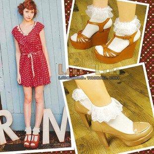Free shipping cotton Vintage Lace White Socks