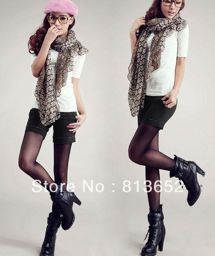 Free shipping discount ladies winter can wear inside the waist Plaid hit high-end color all-match woolen trousers boots
