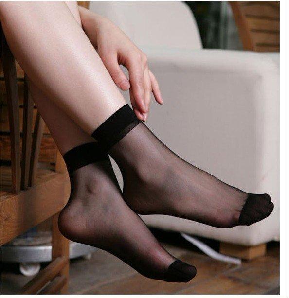 Пальчики в колготках ног фото