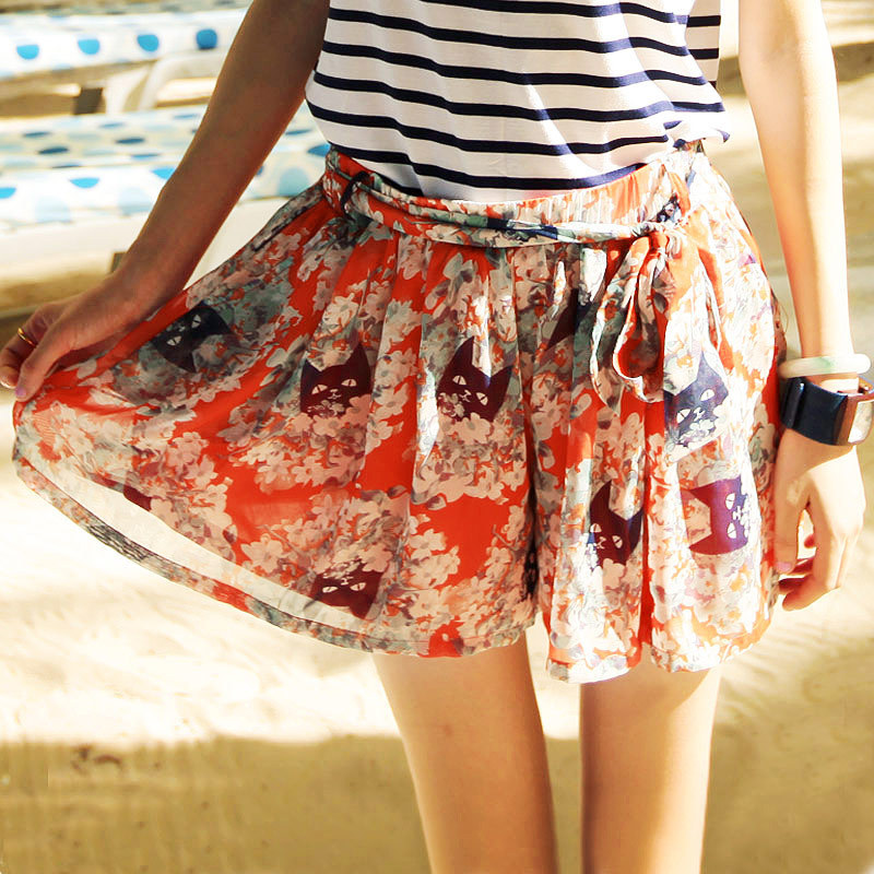 free shipping floral skirt As 2012 summer women's flower print chiffon shorts culottes female 9214234