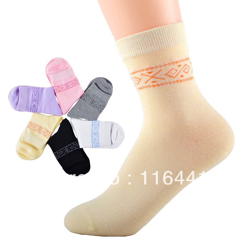 free shipping high quality cotton socks women comfortable sport socks Sweat-absorbent/Anti-Bacterial Quality goods
