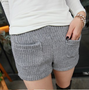 Free shipping hot sale 2012 Women's new arrival autumn knitted casual shorts lady fashion trousers s1058