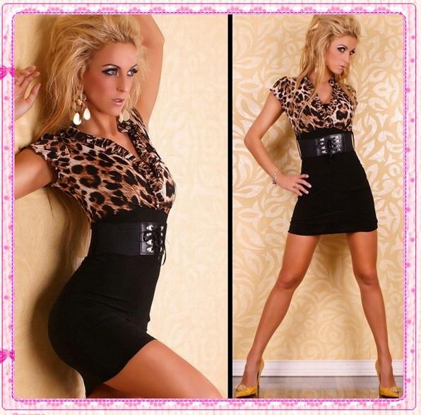 Большой ассортимент модных молодежных платьев по низким ценам. . Доставка