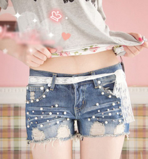Free Shipping Spring summer new Korean style fashion beading decorative lace fashion women denim shorts/Wholesale/Retail