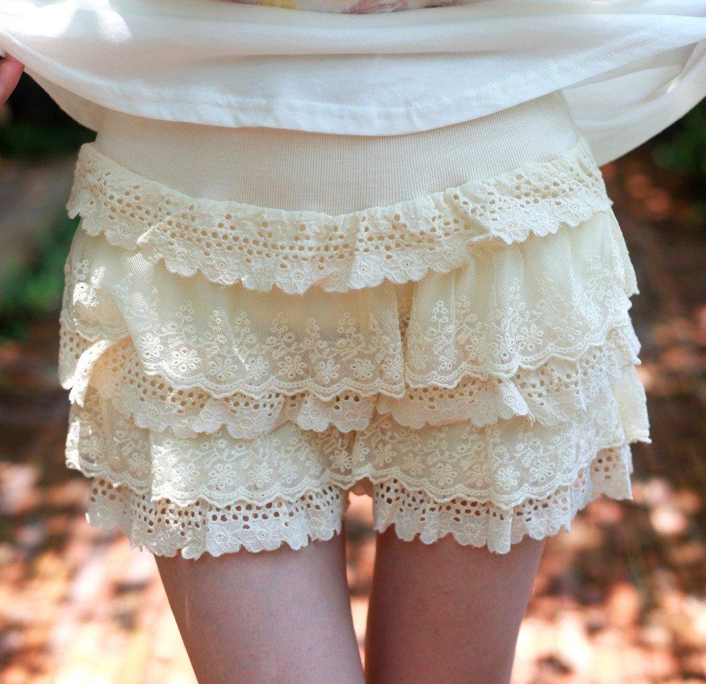 Free shipping, Sweet cloth lace decoration layers of cake shorts elastic waist lace shorts 2