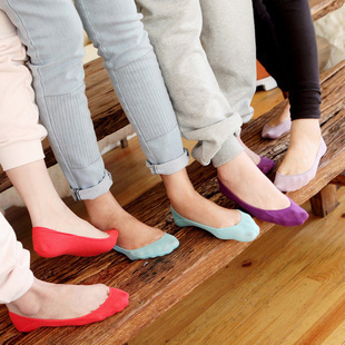 Free shipping  ultra-thin candy color women's invisible socks