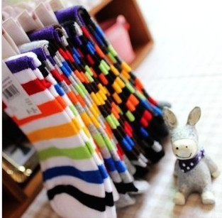 Free Shipping Wholesales  Korea Cute Candy Color Rainbow Stripe Cotton Ladies Socks FC12164