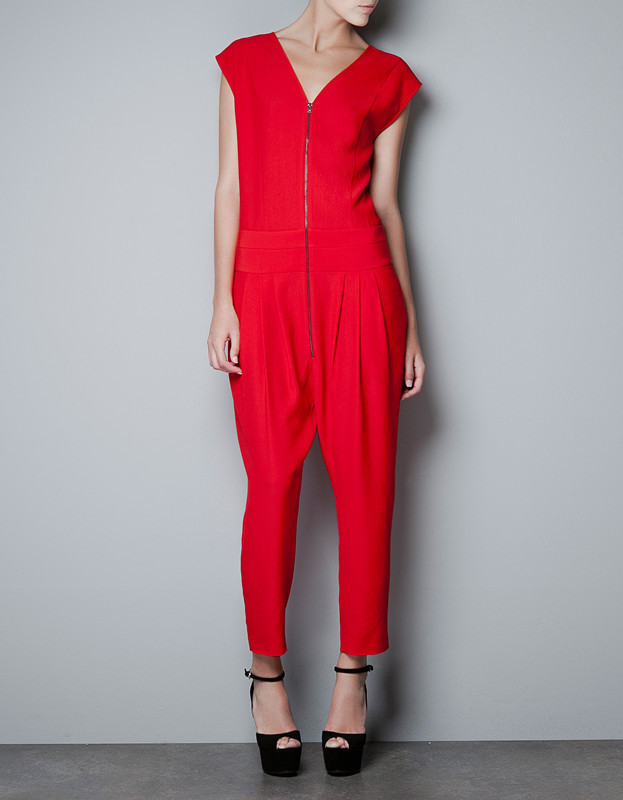 Free Shipping Women Fashion V-neck Pleated Sexy Jumpsuits Ladies' Pleated Loose Zip Rompers