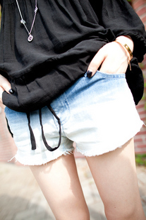 Free Shipping Women's Summer Fashion gradient denim shorts 2013 New Casual European Style Jeans Shorts 0427