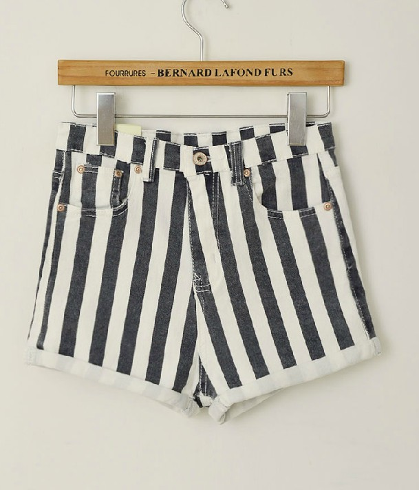 Free  shoping  fashion woman washing vertical stripes denim shorts..TB 3059