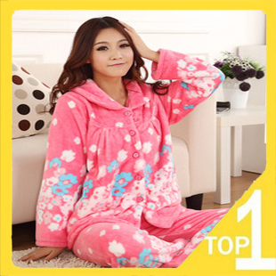 Hot! Fast shipping! Good quality Pajamas flannel fleece long sleeve women in the winter and autumn living cloth 075