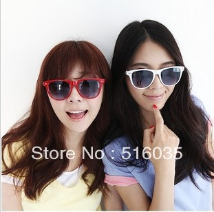 Hot sale! 2013 Fashion Sunglasses Men Women Wayfarer Sun Glasses Multi-colors Free Shipping