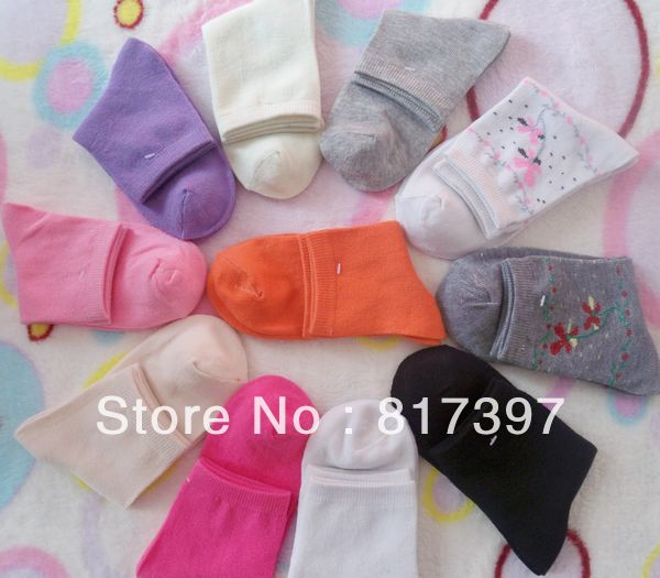 Hot-selling  women  autumn and winter cotton socks antibiotic anti-odor cotton socks candy color