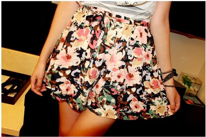 I Q shop!!/vintage floral shorts skirt,/ladies fashion drawstring shorts