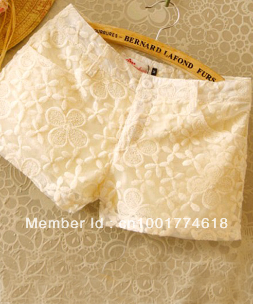 Lace hook flower beautiful all-match short pants