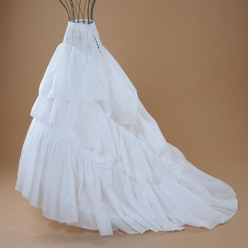 Как сшить свадебное платье со шлейфом своими руками 92