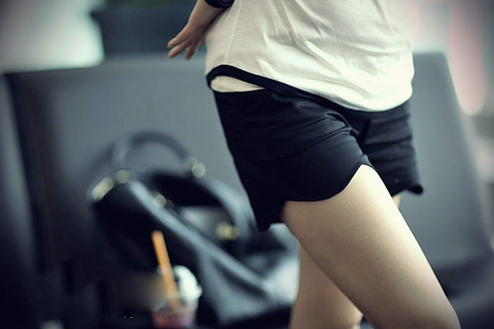 Maternity clothing knee-length pants 2011 summer maternity pants belly pants maternity shorts culottes wave shorts