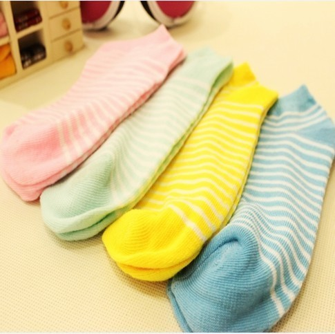 Min.order is $15 (mix order) Fashion socks candy color women's sock S019