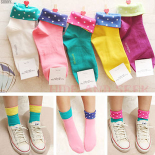 Min.order is $15 (mix order) Free Shipping Wholesale fashion multicolor socks women S009